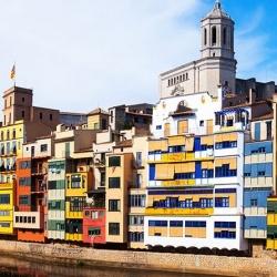 Cataluña modifica las condiciones para acceder a prestaciones de urgencia en vivienda